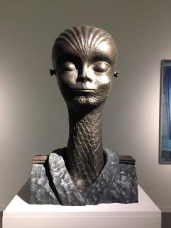 Escultura de extraterrestre masculino por Robert Llimós